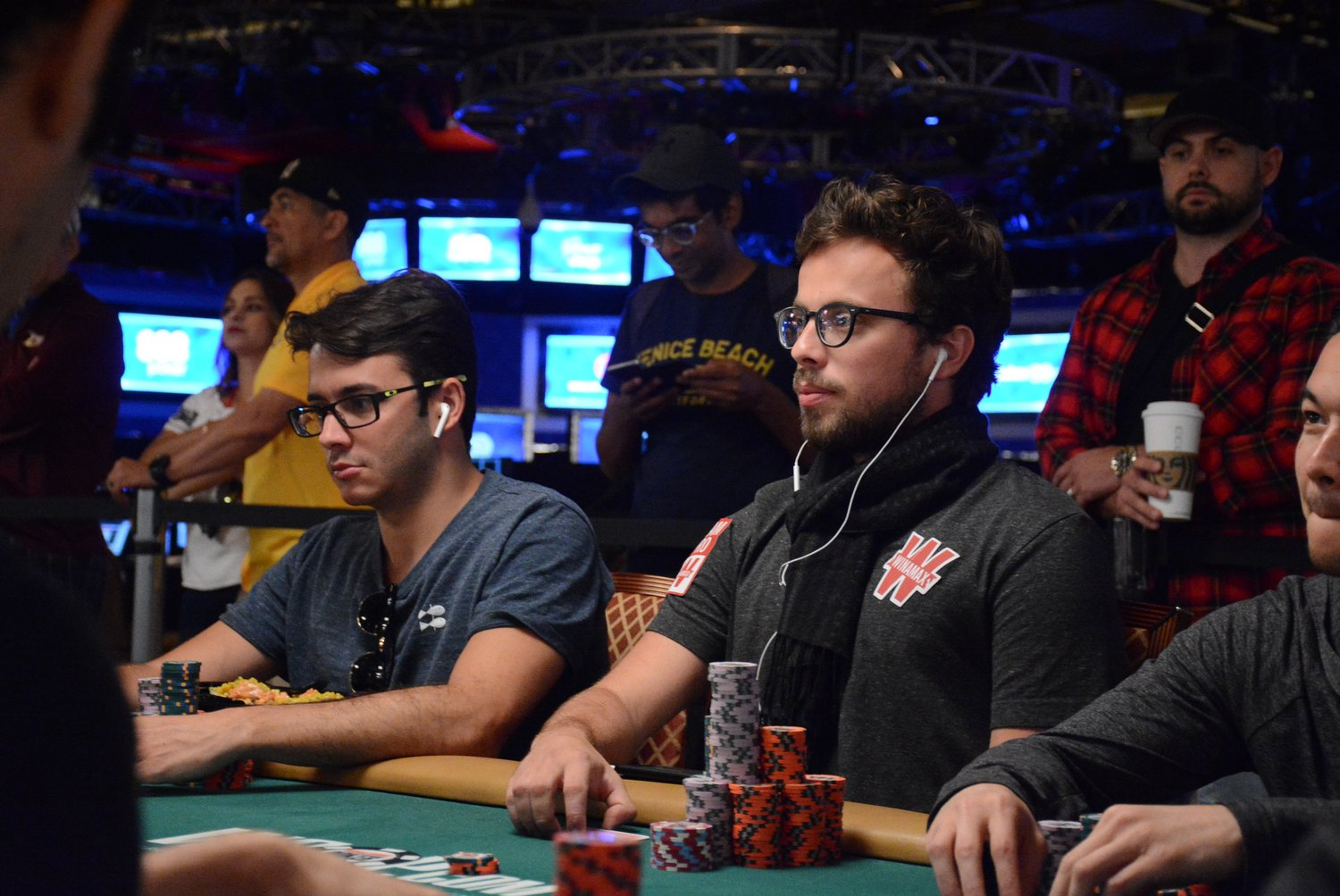 Main Event Day 6 Romain Lewis